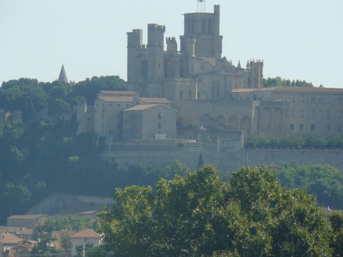 Location de vacances - Chambre d'hôtes à Villeneuve-lès-Béziers - Béziers tout proche, et sa cathédrale