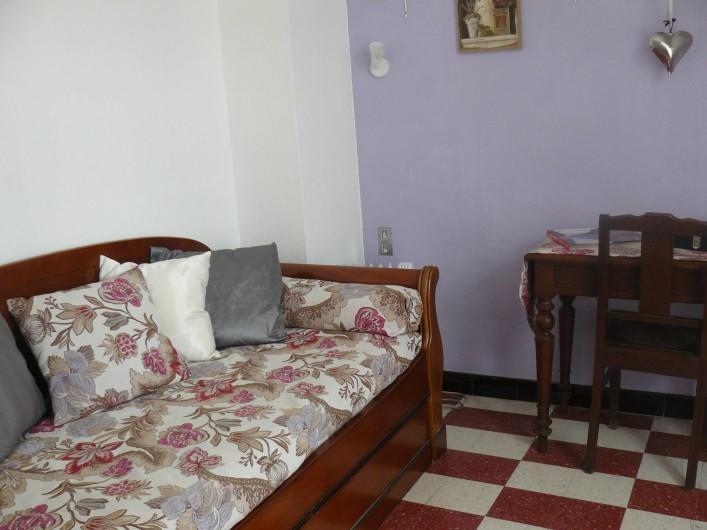 Location de vacances - Chambre d'hôtes à Villeneuve-lès-Béziers - Suite familiale, avec son salon et bureau