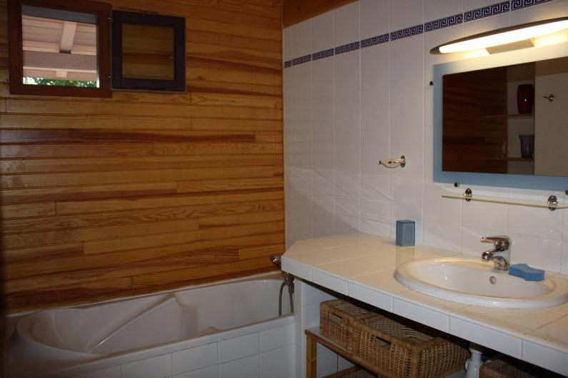 Location de vacances - Villa à Andernos-les-Bains - Salle de bains - étage