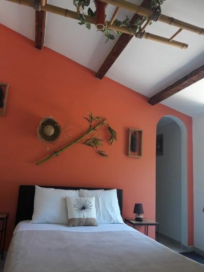 Location de vacances - Chambre d'hôtes à Saint-Géry - CHAMBRE SAVANE