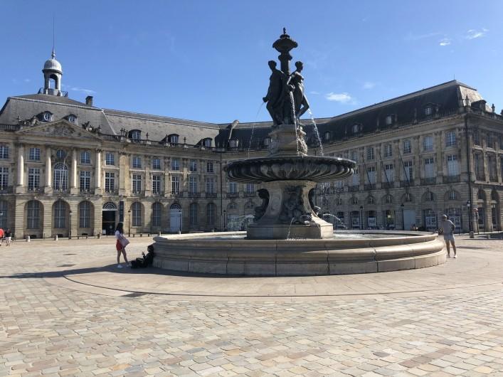 Location de vacances - Villa à Royan - place du  commerce de Bordeaux