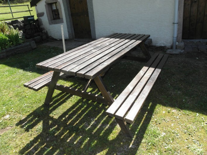Location de vacances - Maison - Villa à Thiéfosse - Table de salon de jardin