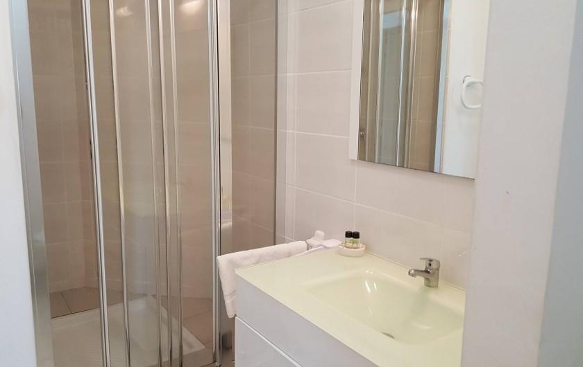 Location de vacances - Appartement à Saint-François - une des 2 salles de douches