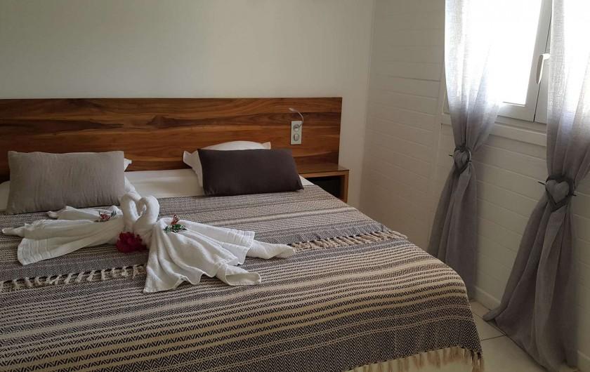 Location de vacances - Appartement à Saint-François - suite parentale lit king size Possibilité lit BB dans l'ne des 3 chambres
