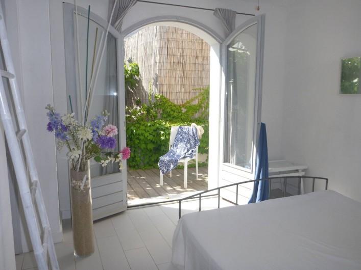 Location de vacances - Villa à Calvi - Chambre sur terrasse