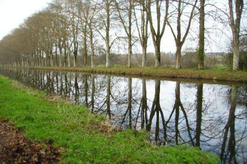 Location de vacances - Gîte à Bignan - le canal de Nantes à Brest