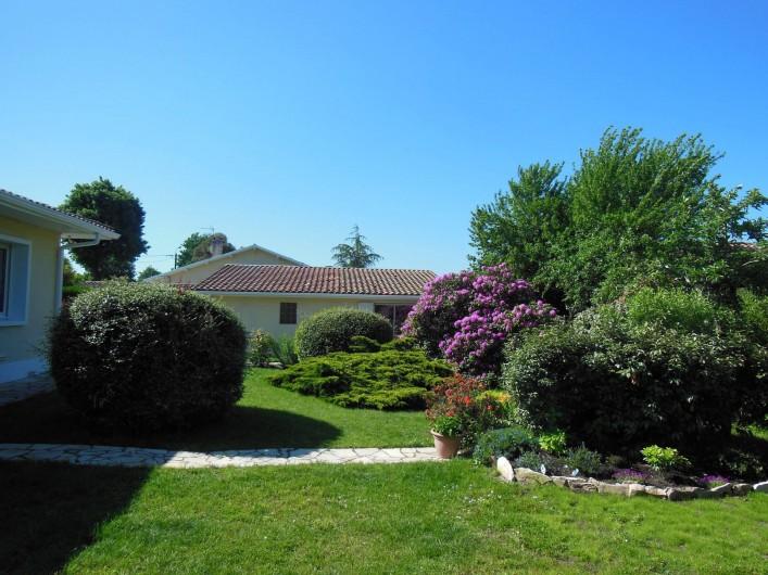 Location de vacances - Chambre d'hôtes à Gujan-Mestras - Jardin