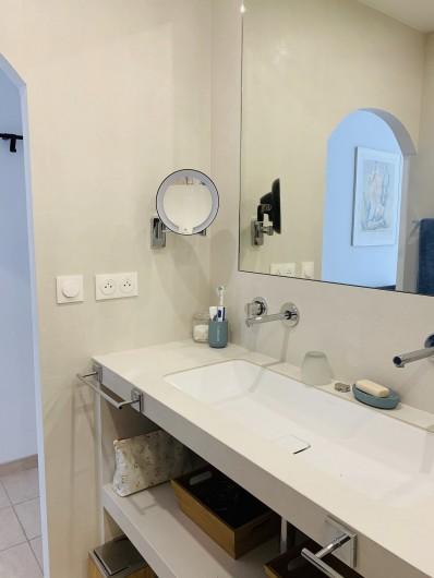 Location de vacances - Villa à Cagnes-sur-Mer - Salle d'eau chambre #1 Shower room , room #1