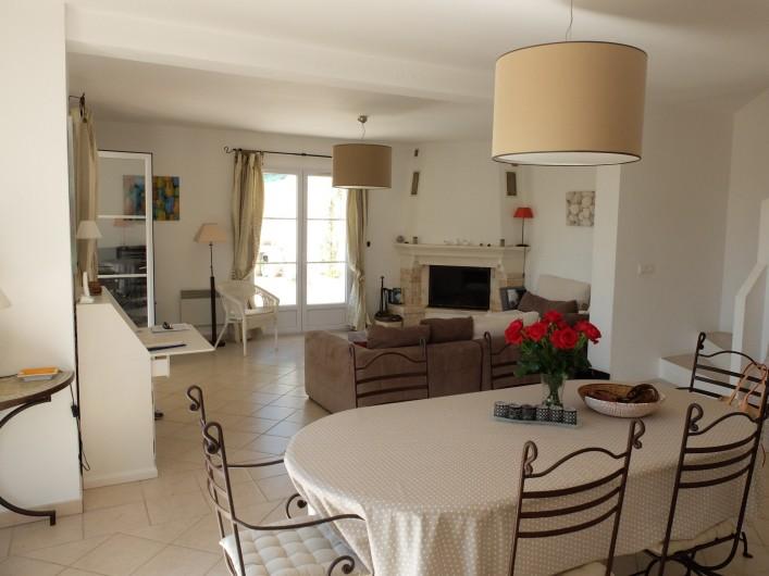 Location de vacances - Villa à Cagnes-sur-Mer - Living/dining room