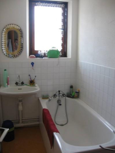 Location de vacances - Maison - Villa à Vallon-Pont-d'Arc - la salle de bains