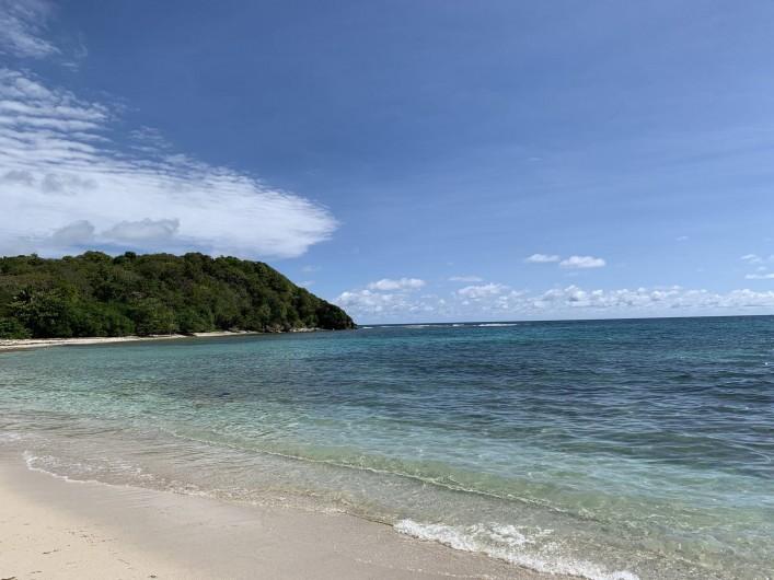 Location de vacances - Villa à Sainte-Anne - Plage Anse à Saint à 10 mn à pieds