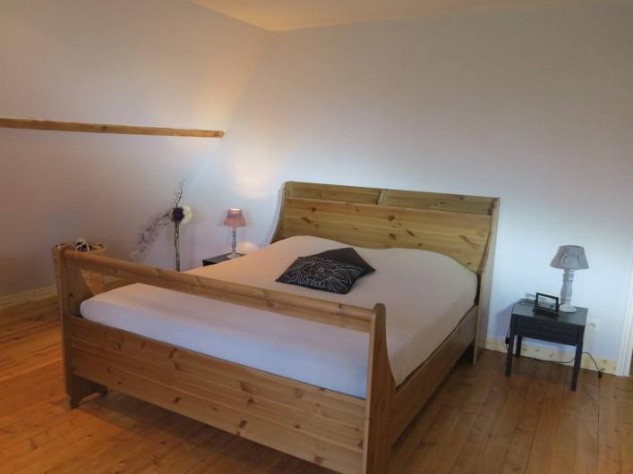 Location de vacances - Gîte à Barentin - chambre 2 : lit 160 cm