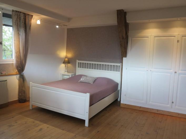Location de vacances - Gîte à Barentin - chambre 4 : lit 160 cm