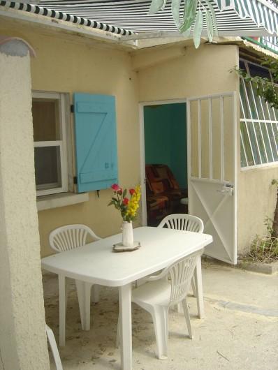 Location de vacances - Appartement à Frontignan - TERRASSE
