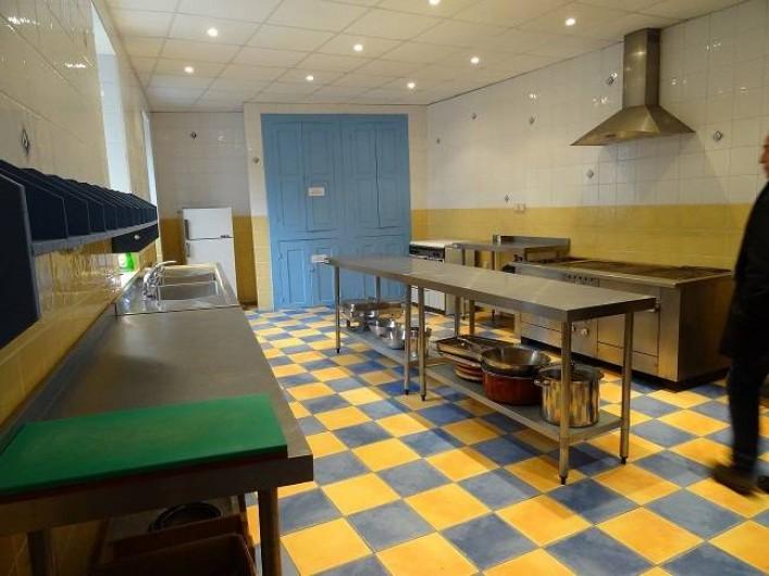 Location de vacances - Gîte à Vernoux-en-Vivarais - La cuisine de collectivité