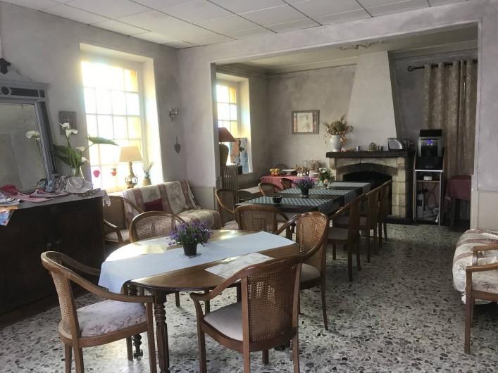 Location de vacances - Chambre d'hôtes à Les Andelys - Salle du petit déjeuner