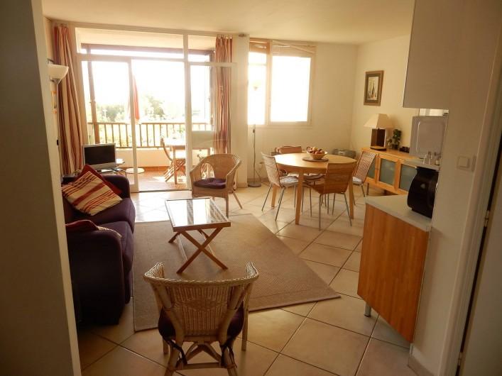 Location de vacances - Appartement à Cassis - Entrée sur le salon