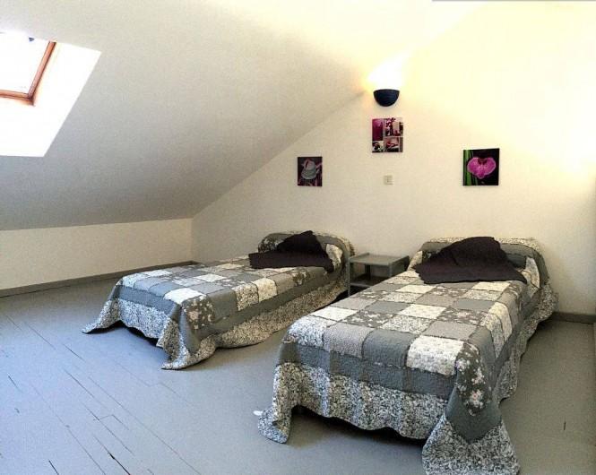 Location de vacances - Gîte à Vacqueyras - Mezzanine et lits simples
