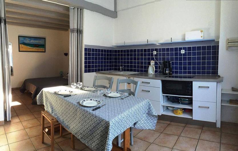 Location de vacances - Gîte à Vacqueyras - Cuisine/Séjour