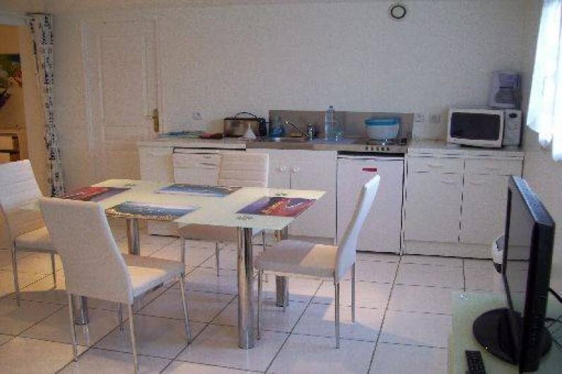 Location de vacances - Appartement à Saint-Jean-de-Luz - Coin repas