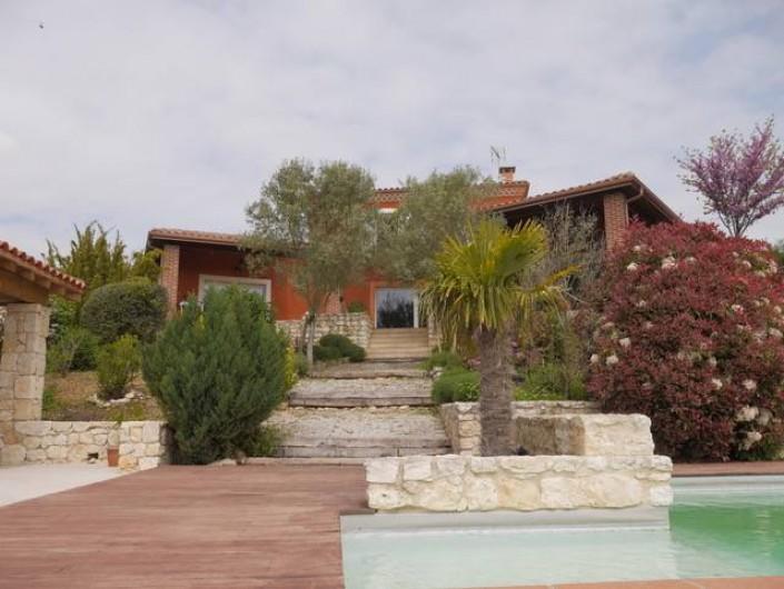 Location de vacances - Villa à Castin - La Villa côté Sud