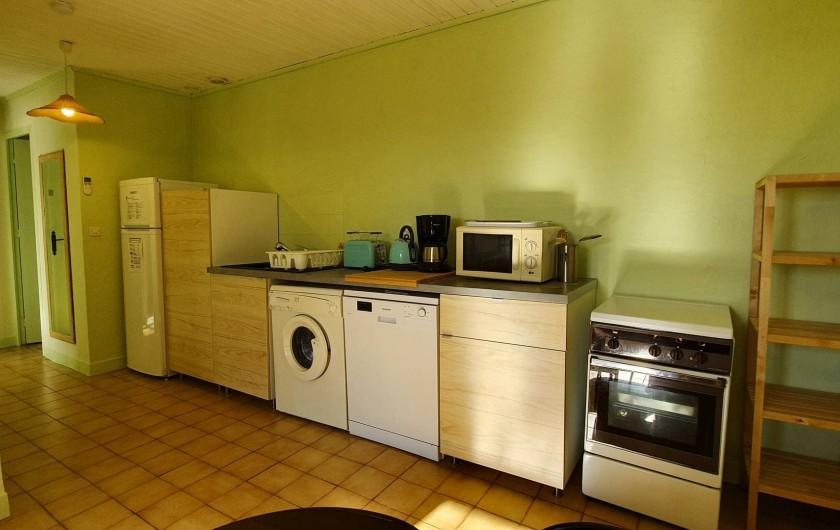 Location de vacances - Appartement à Peyrilles - Le coin cuisine