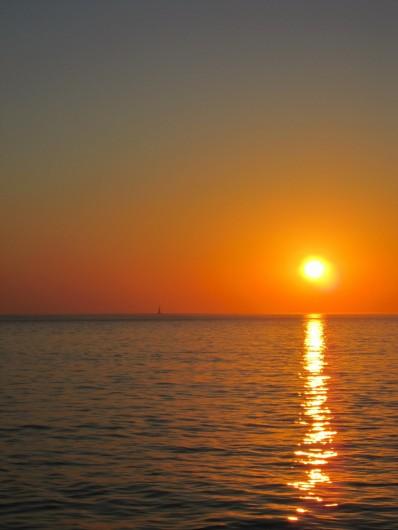Location de vacances - Chambre d'hôtes à Soulac-sur-Mer - Coucher de soleil - Plage de l'Amélie