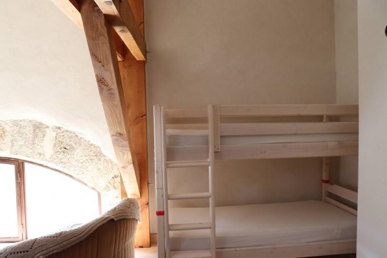 Location de vacances - Gîte à Béziers - Chambre 2, lit superposés