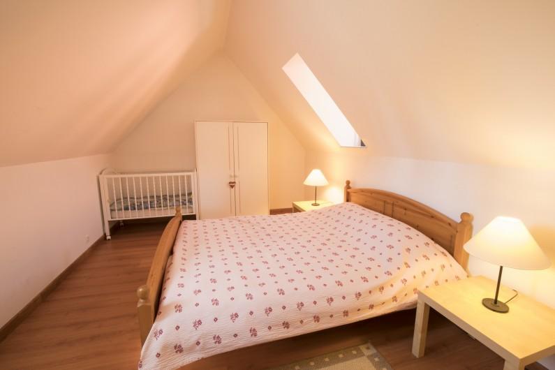 Location de vacances - Maison - Villa à Rosheim - Chambre adultes - lit king size 160x200cm