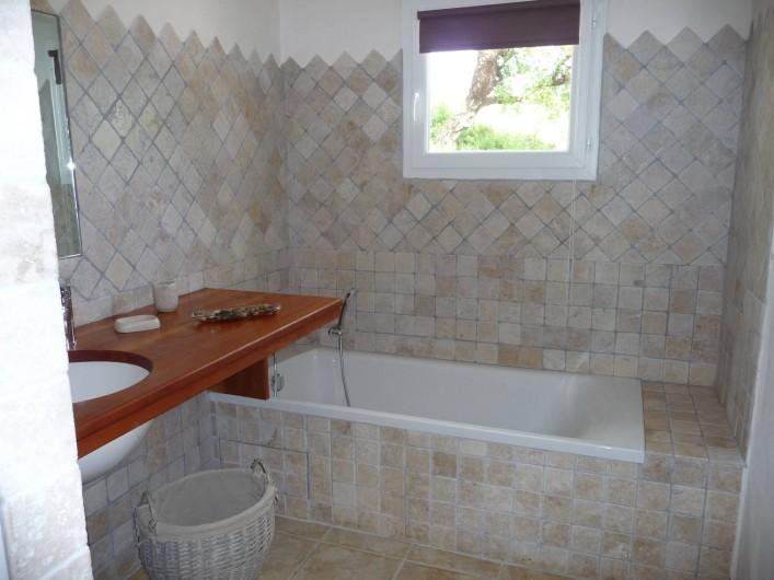 Location de vacances - Villa à Sainte-Lucie de Porto-Vecchio - SALLE DE BAIN