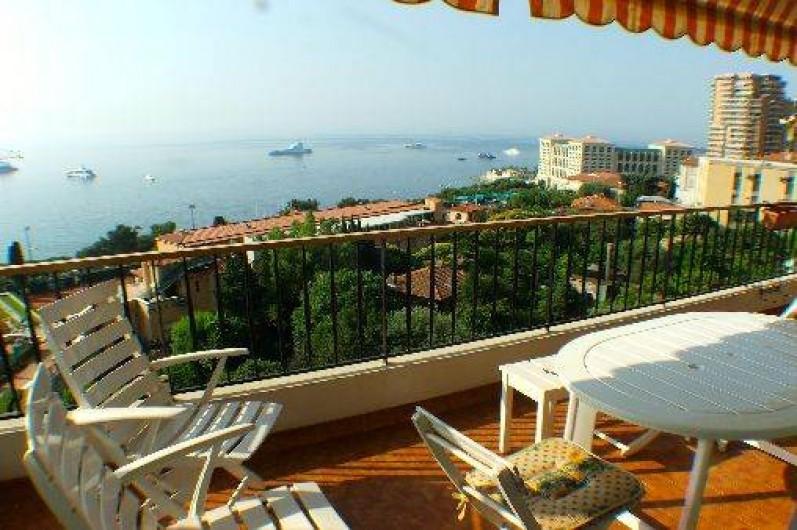 Location de vacances - Appartement à Roquebrune-Cap-Martin - terrasse vue sur la mer