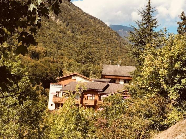 Location de vacances - Appartement à Brides-les-Bains - Vue Extérieure