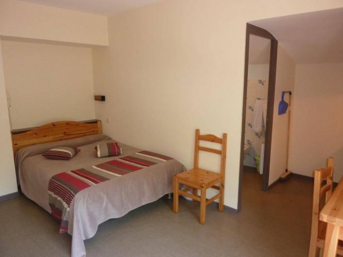 Location de vacances - Appartement à Brides-les-Bains - Chambre / Lits - Studio Classique