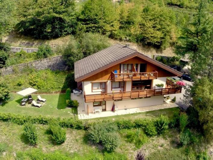 Location de vacances - Appartement à Brides-les-Bains - Vue Extérieure - Résidence la Rochetaillée - Extérieur Eté
