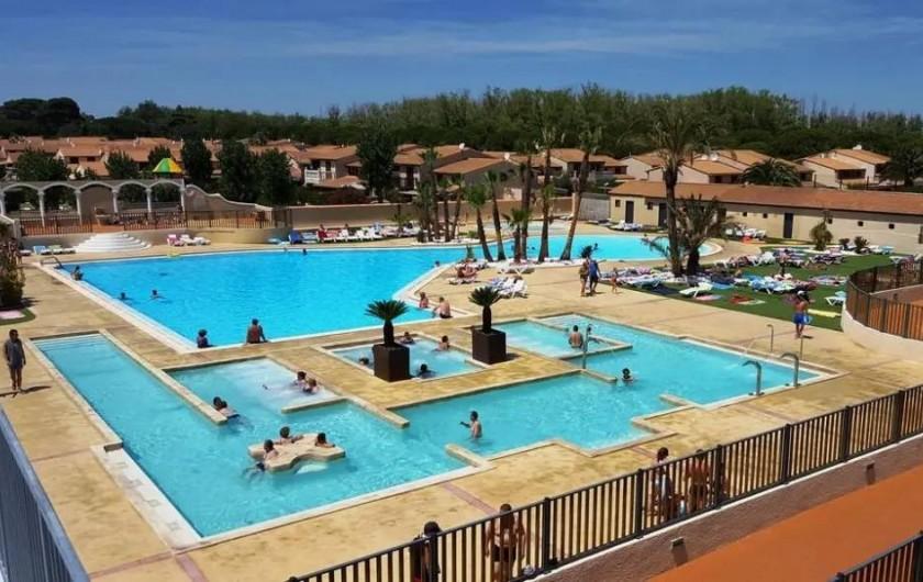 Location de vacances - Villa à Portiragnes Plage - Piscine 1 et jacuzzi