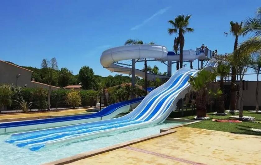 Location de vacances - Villa à Portiragnes Plage - Toboggan piscine