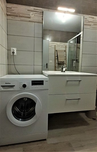 Location de vacances - Appartement à Le Mont-Dore - Salle de douche