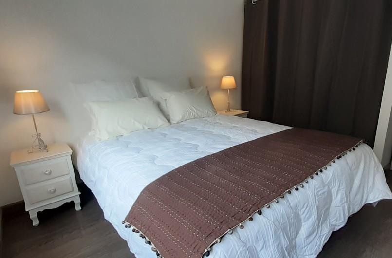 Location de vacances - Appartement à Le Mont-Dore - Chambre côté rue