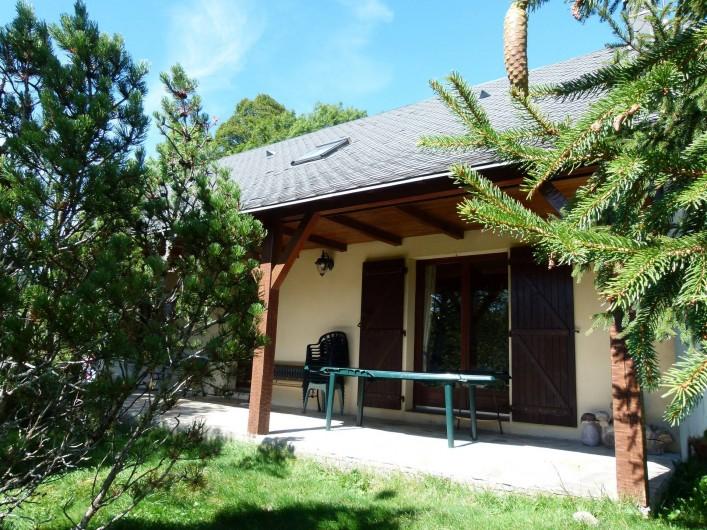 Location de vacances - Chalet à Picherande - terrasse