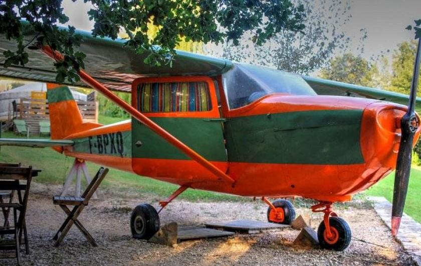 Location de vacances - Yourte à Barjac - Véritable avion Cessna transformé en couchage de 110 pour couple ou enfants