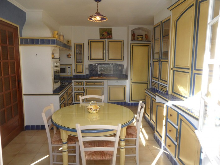 Location de vacances - Villa à Orange - cuisine indépendante