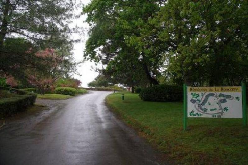 Location de vacances - Studio à Dinard - entrée dans la résidence