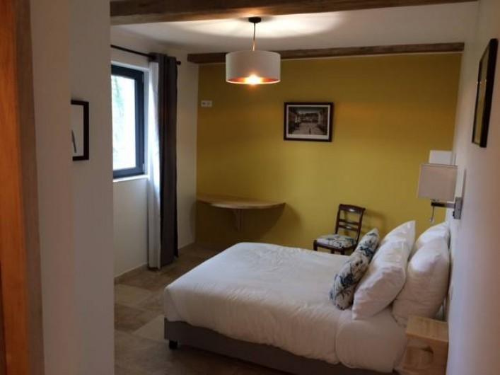 Location de vacances - Gîte à Saint-Antonin-Noble-Val - Chambre Grand Toucan du Brésil de plain pied