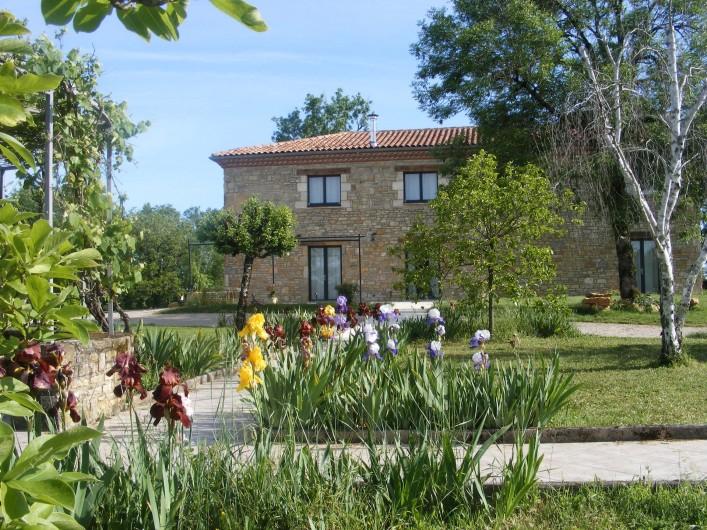 Location de vacances - Gîte à Saint-Antonin-Noble-Val - De l'ombre et un courant d'air