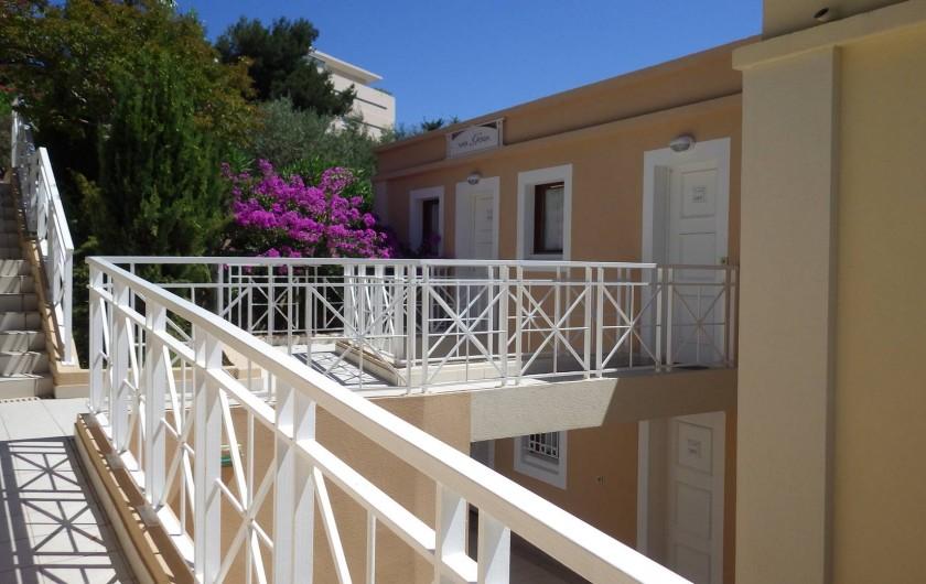 Location de vacances - Appartement à Cannes - l'entrée de l'appartement