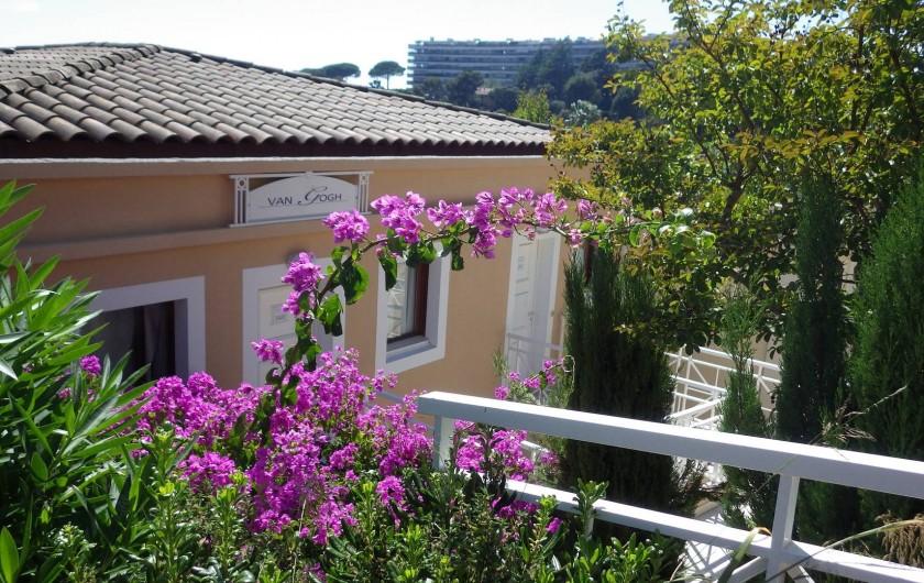 Location de vacances - Appartement à Cannes - vue du bâtiment