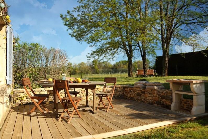 Location de vacances - Gîte à Le Bugue - Jardin entièrement clôturé