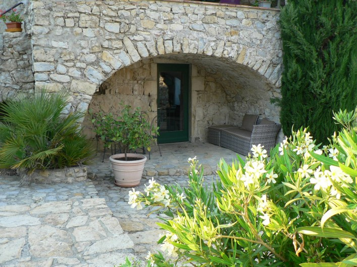 Location de vacances - Gîte à Saint-Maurice-d'Ibie - Entrée du gîte