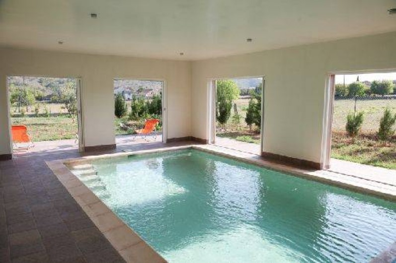 Villa Climatise Avec Piscine Intrieure Prive Chauffe  Montral