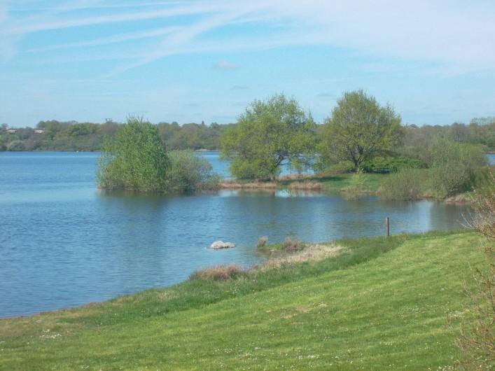 Location de vacances - Roulotte à Aubigny - Lac du Cébron